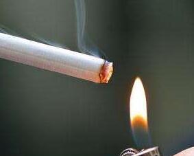 喜欢吸烟的我这孩子还能要吗?